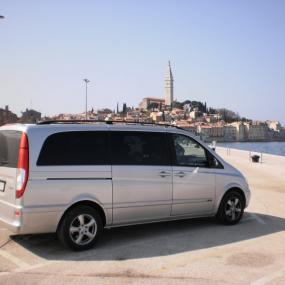 Van or Minibus Airport Shuttle with Guide in Split